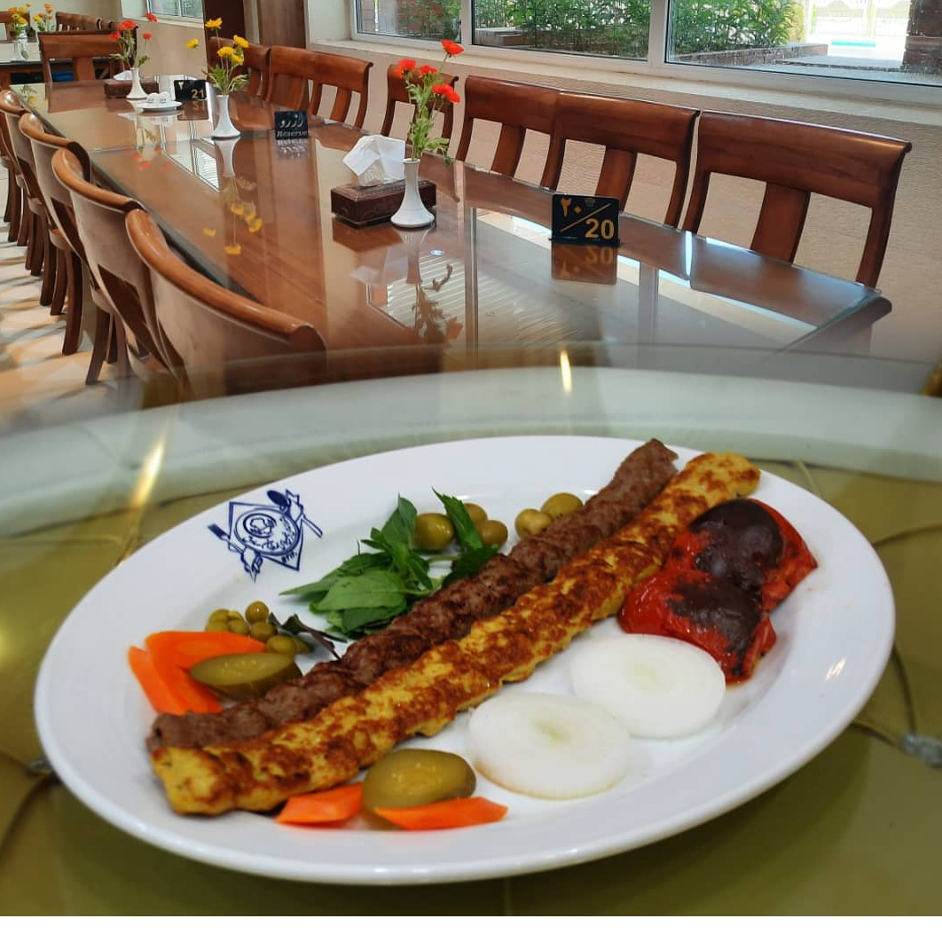 خوراک کوبیده مرغ و گوشت
